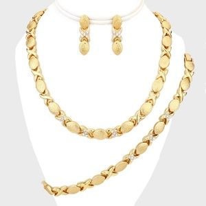 Gold & Clear Crystal Accent Link Necklace Jewelry